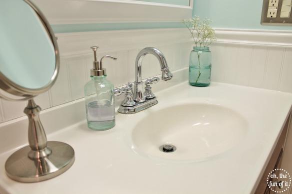 Mint Bathroom 1